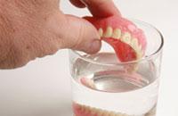 Una explicación acerca de las dentaduras postizas